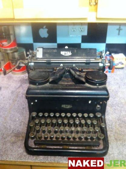 SOLD Antique Royal Typewriter $30