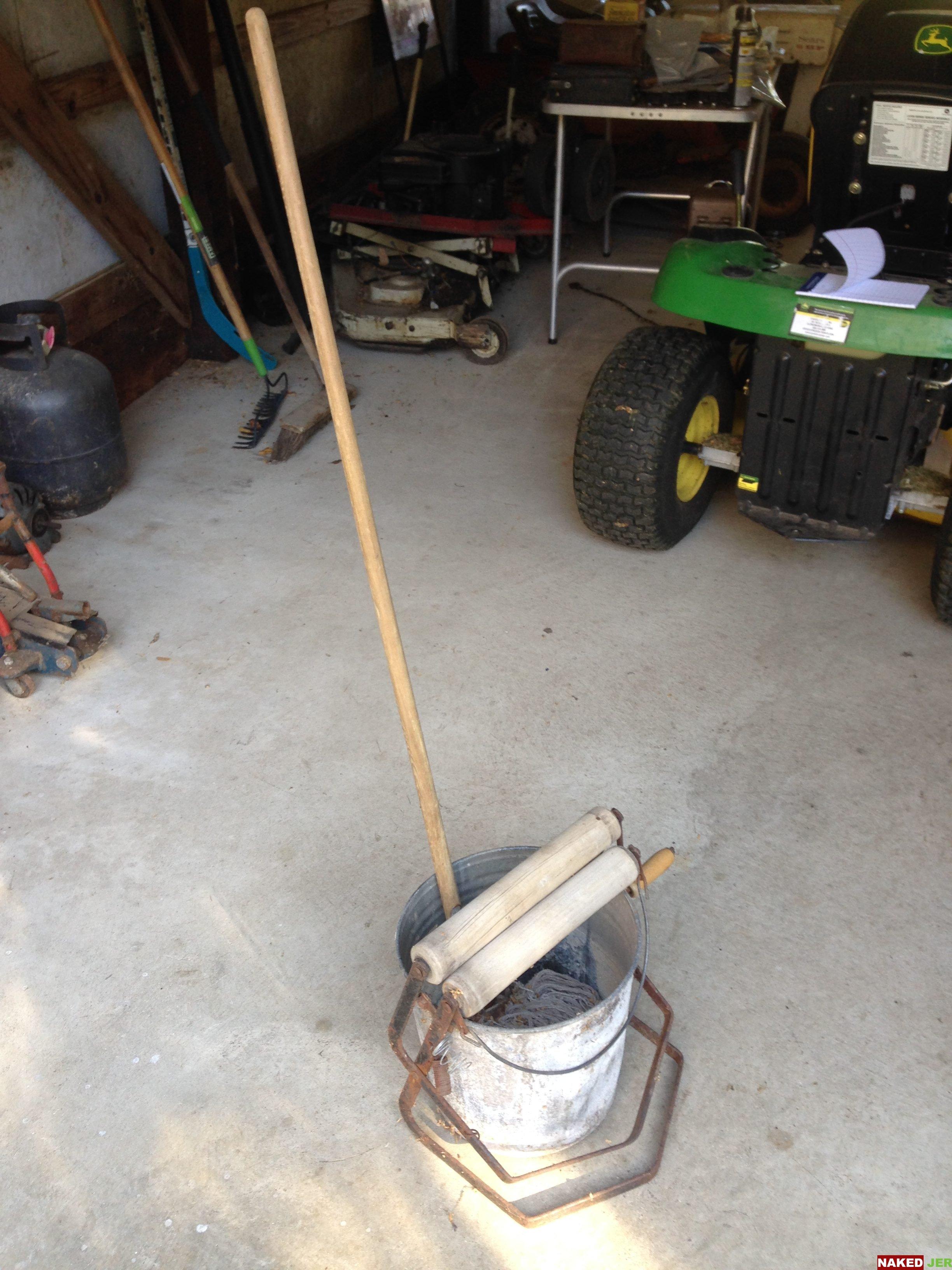 Vintage Mop bucket/ringer w/mop $4