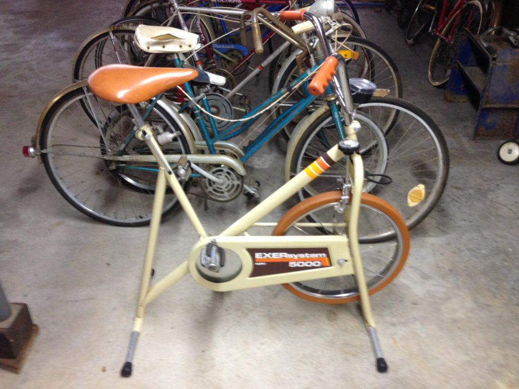 Exercise Bike $15
