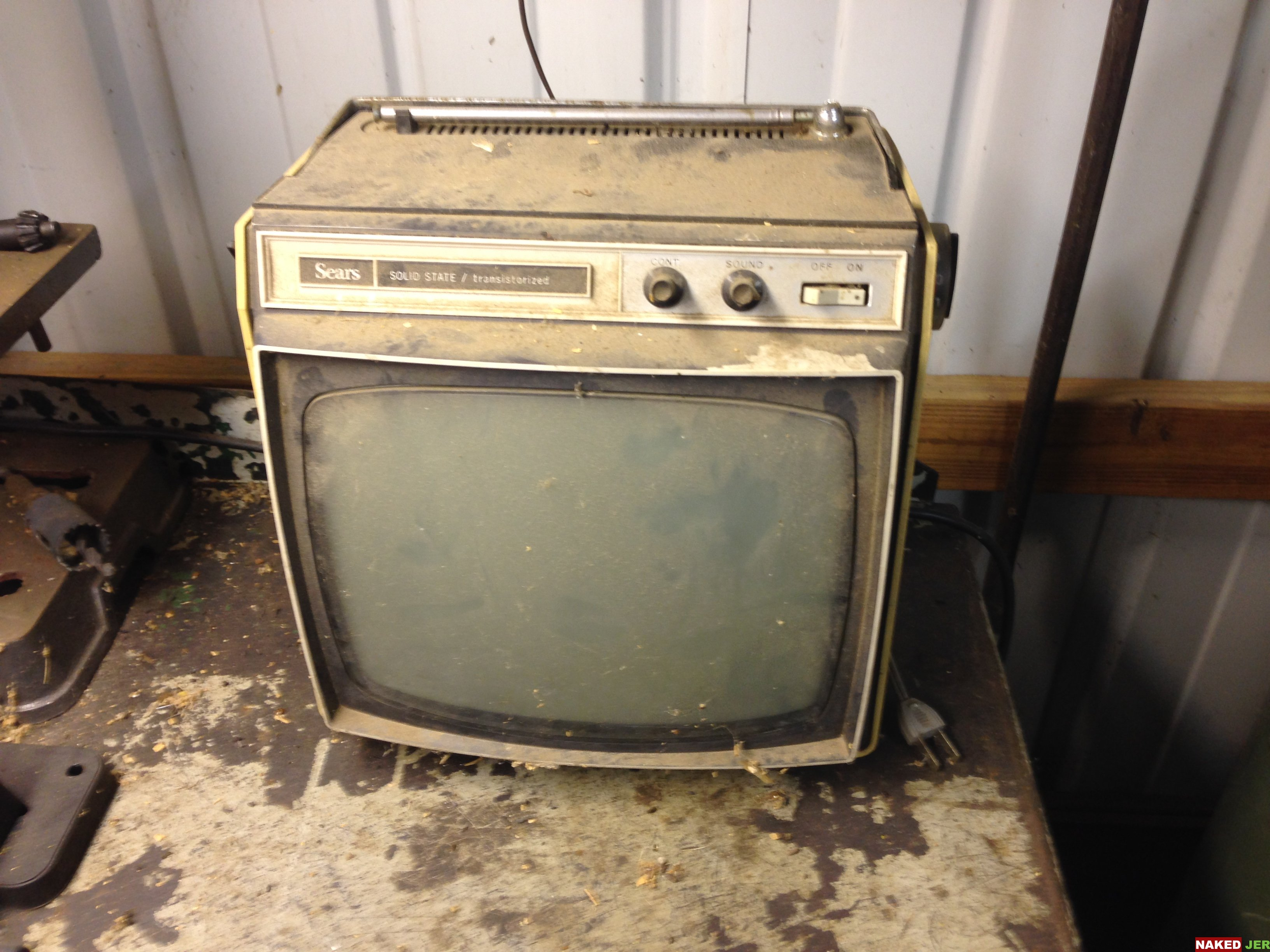 Vintage Personal Tube TV $10
