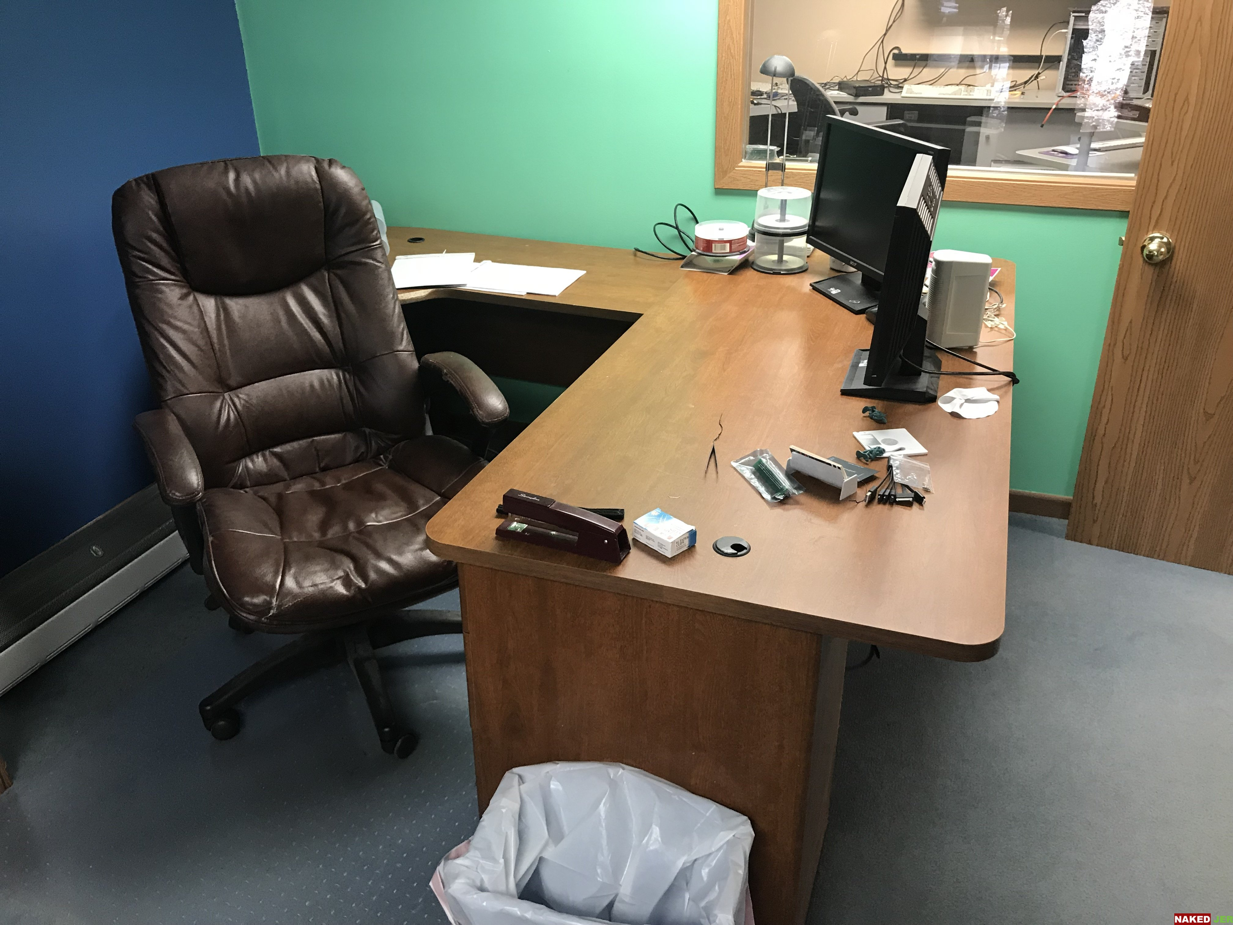 L Shaped desk and office chair SOLD